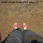 Plastic sandals for mud and water
