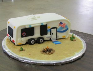 Trailer cake close up
