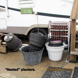 Nested flower pots