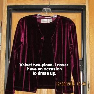Two-piece velvet