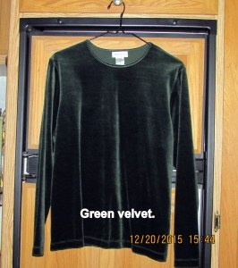 Green velvet pull over