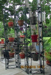 Plant stand (1)