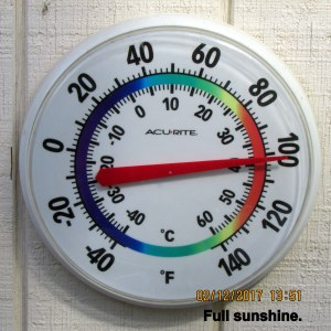 Wall outdoor thermometer